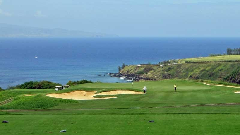 Kapalua Plantation 11th green putting out