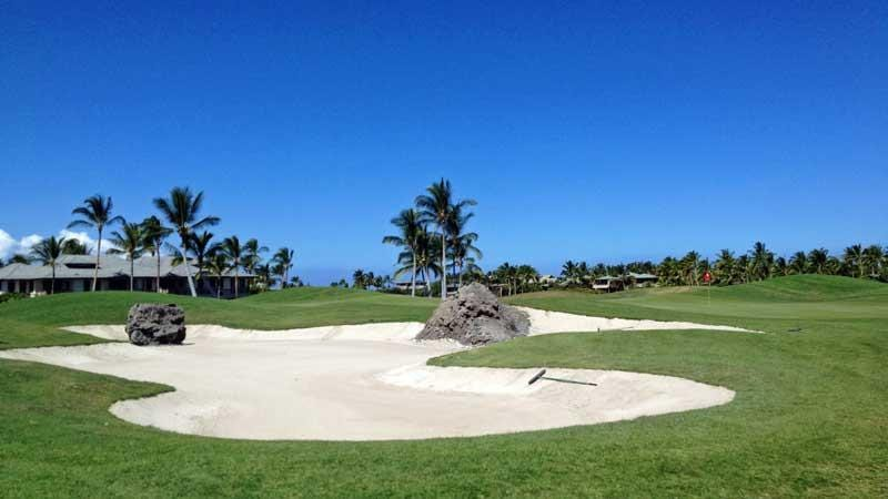 Mauna Lani beautiful sand bunkers with lava rock