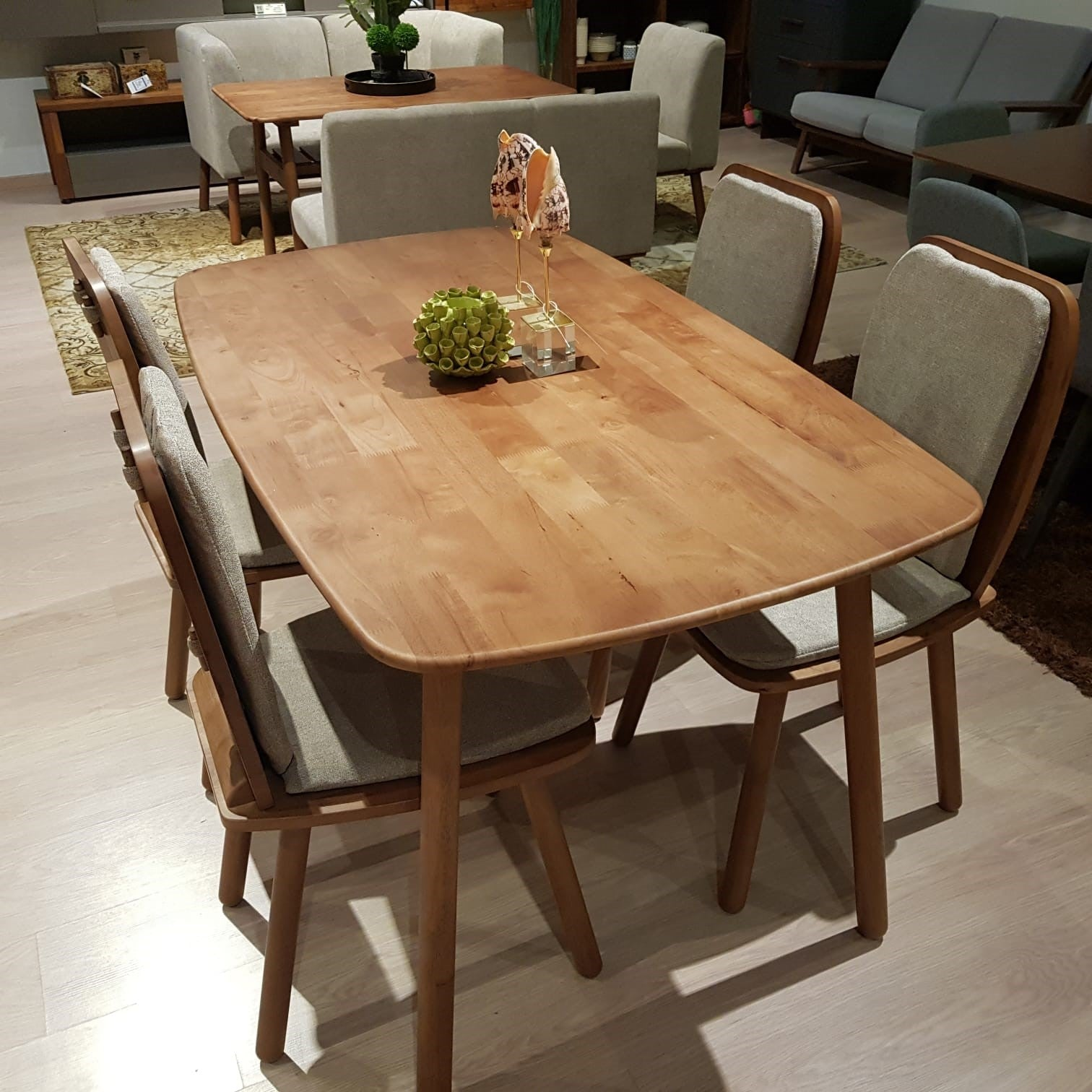 AMERICANA Solid Wood 5pc Dining Set  (WIL-3877T+4*3899C)