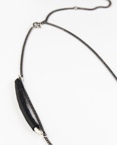 PURUS NECKPIECE - BLACK LEATHER