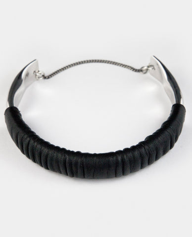 SUTURI NECKPIECE - BLACK LEATHER