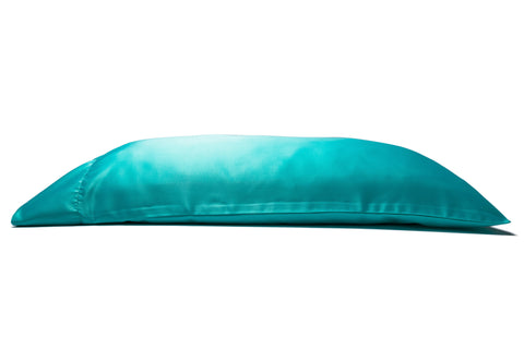 'Rendezvous Blu' Luxe Satin Pillowcase. Anti-aging, machine washable, with the bonus secret pocket.