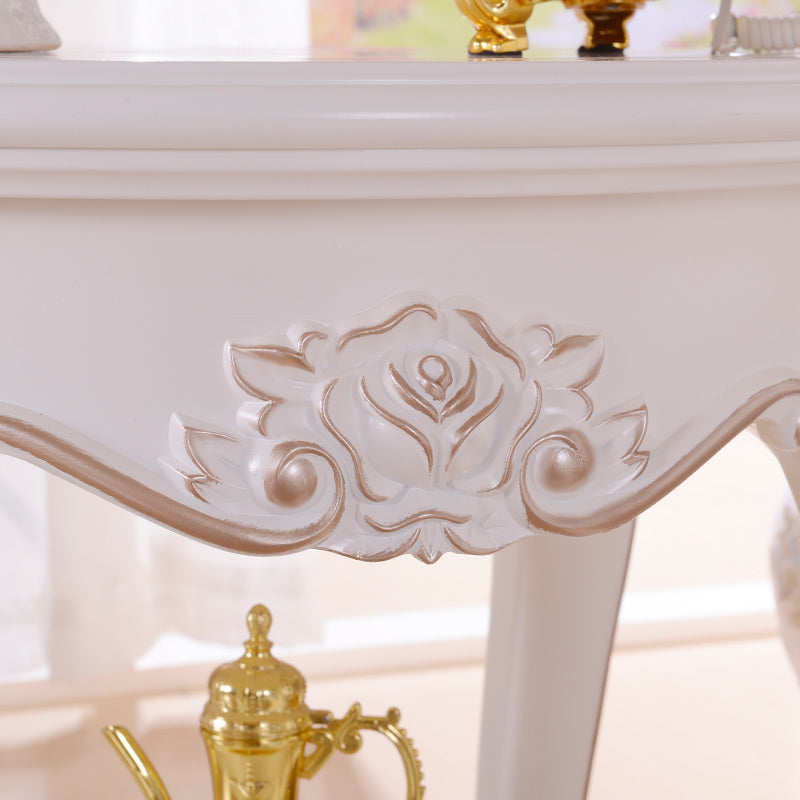 European Style Classic End Table - Golden Sculpture Round Accent Table