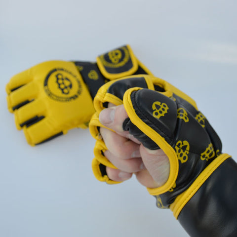 MMA grappling gloves designed in Edinburgh