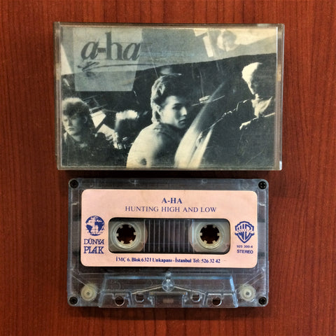 A-Ha / Hunting High and Low, Kaset