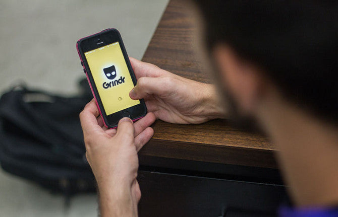 A PhD Student Is Pretty Sure Gays Are Using Grindr To Cheat On Exams