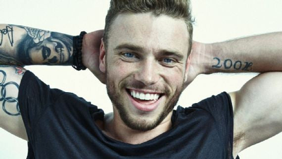 Gus Kenworthy Pucked Up On New Year's Eve; Eliad Cohen Needs Help With His Towel