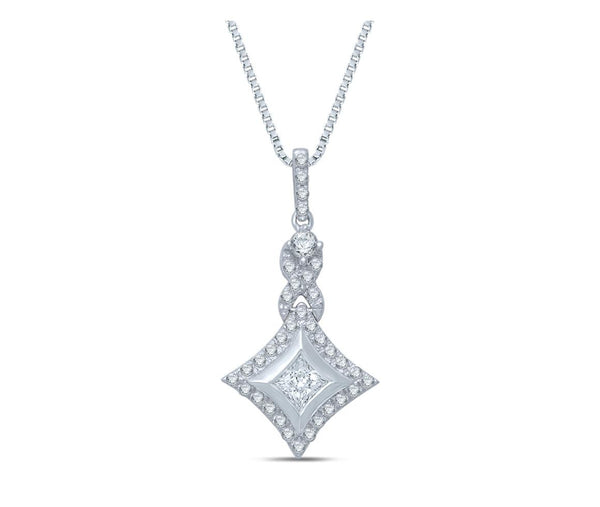STARRA™ 1/2 CT. TW. DIAMOND TWIST PENDANT