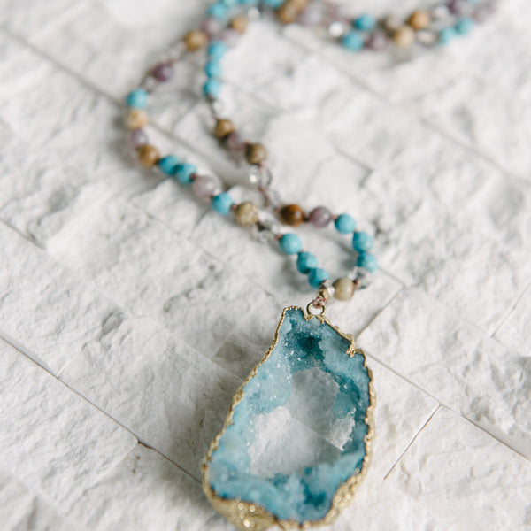 Beaded Pendent Necklace