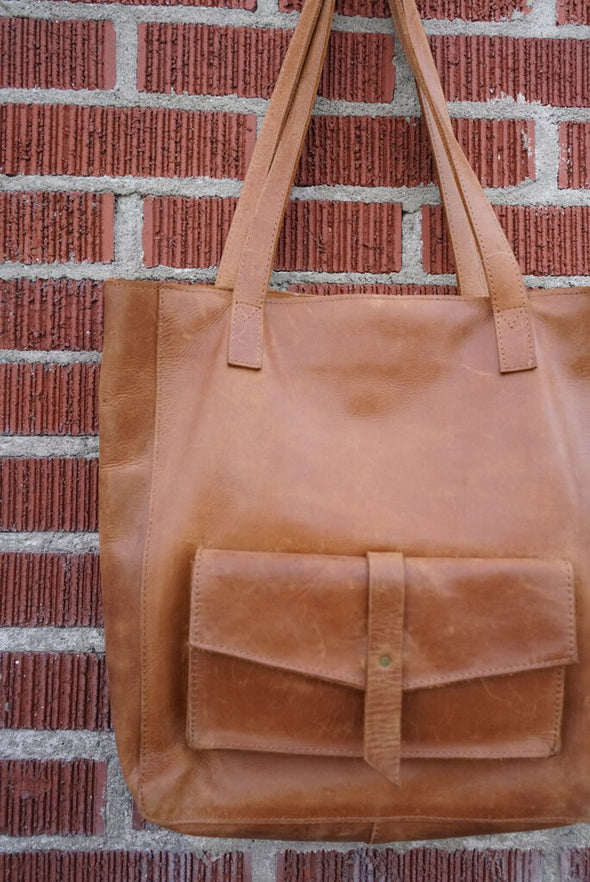 raven lily tan leather tote