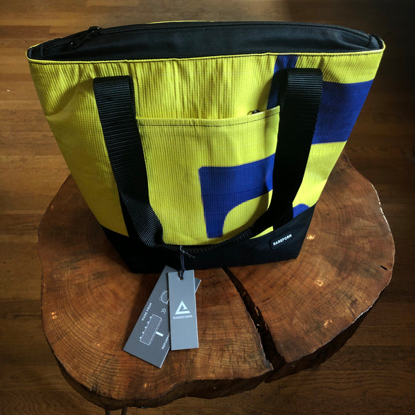 Beck Cooler Bag (Yellow/Blue/Black)