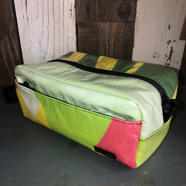 Munich Toiletry Bag - Dopp Kit (Green/Yellow/Tan/Brown)