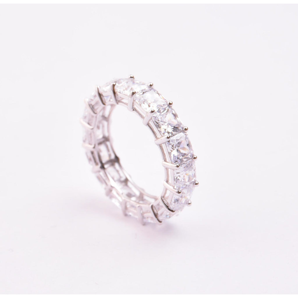 Made in New York City, our beautiful ring is 925 Sterling Silver. Hypoallergenic.