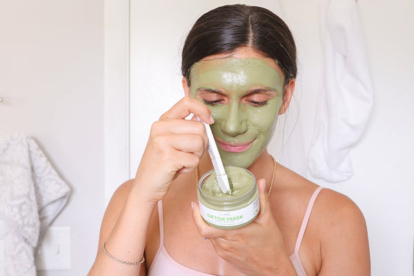 adi arezzini with the teami green tea face mask