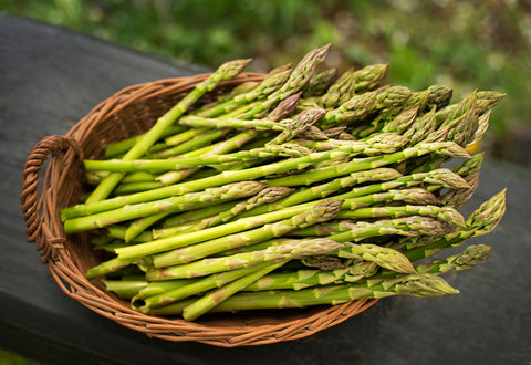 bowl of asparagus