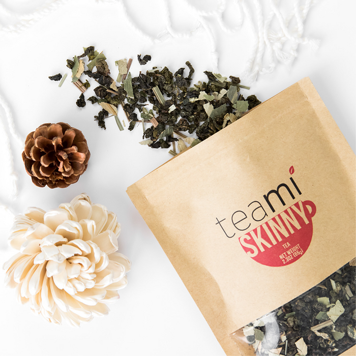 Teami Blends Skinny Tea coming out of the bag