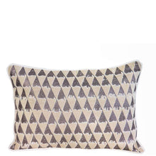 Load image into Gallery viewer, Cushions Vera Cushion