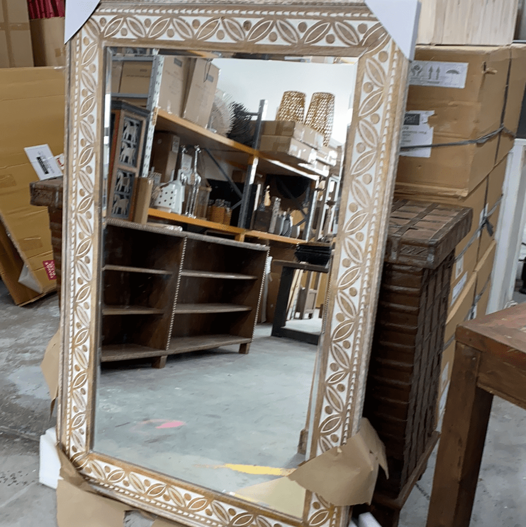 Mirrors Hand-Carved Wooden White Wash Mirror