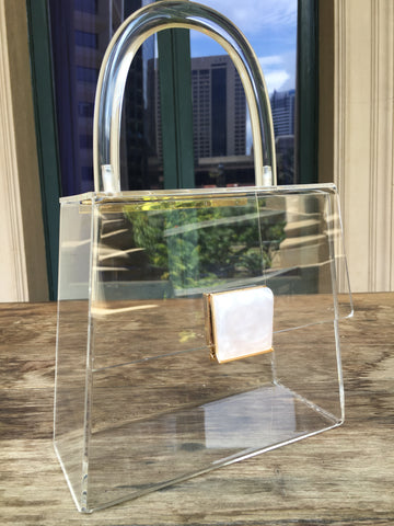 Crystalline- transparent clutch