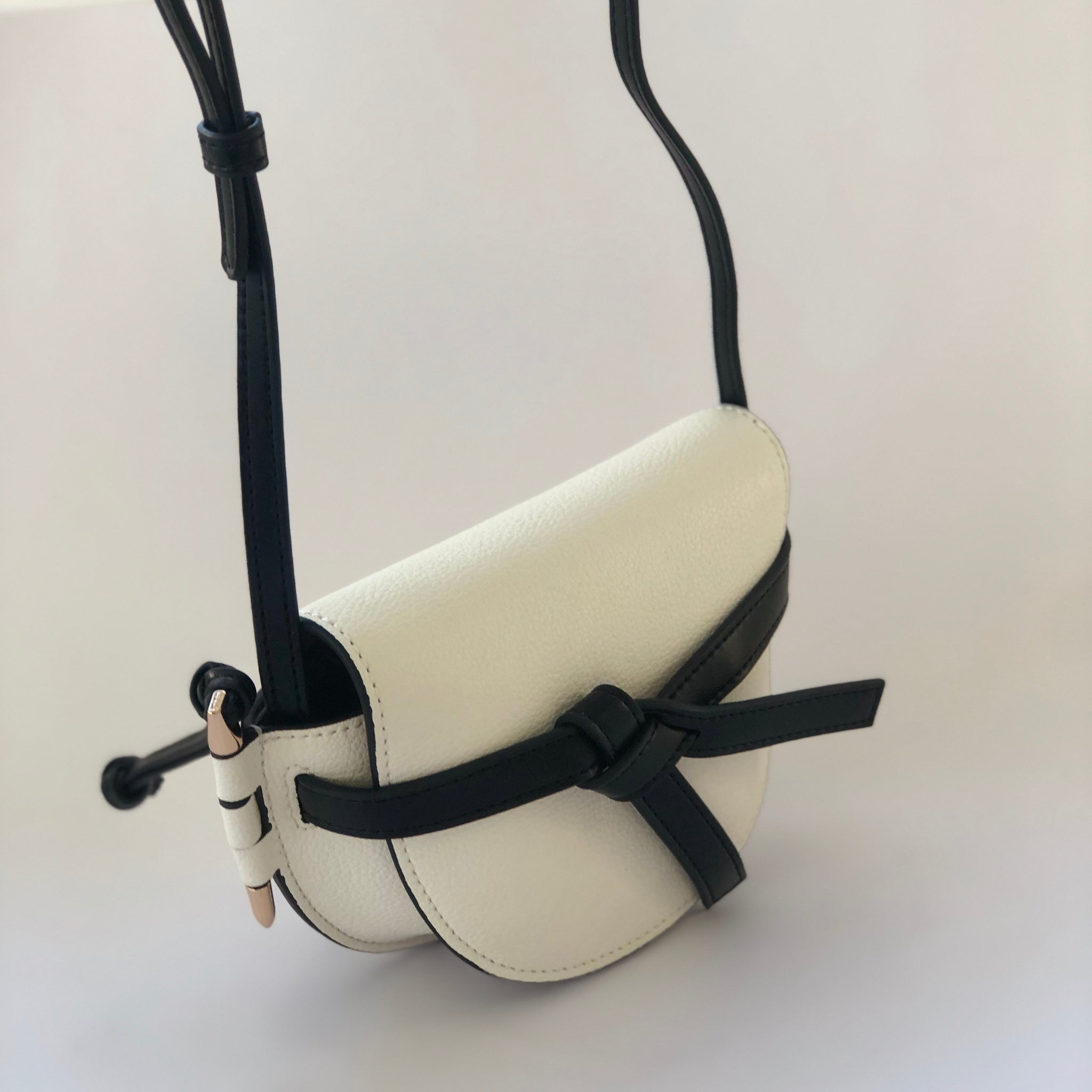 Tracey in White - Leather saddle bag