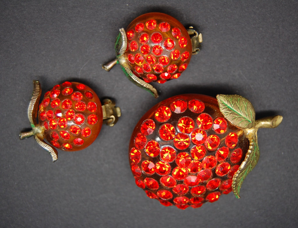 Forbidden Fruit Orange Tangarine Lucite Brooch and Earrings - Mink Road Vintage Jewelry
