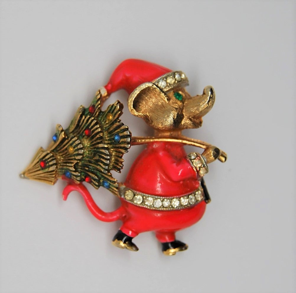 JJ Santa Christmas Mouse Holiday Figural Brooch - 1960