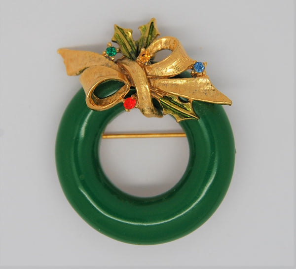 ART Holiday Green Enamel Holiday Holly Wreath Figural Brooch - 1960s