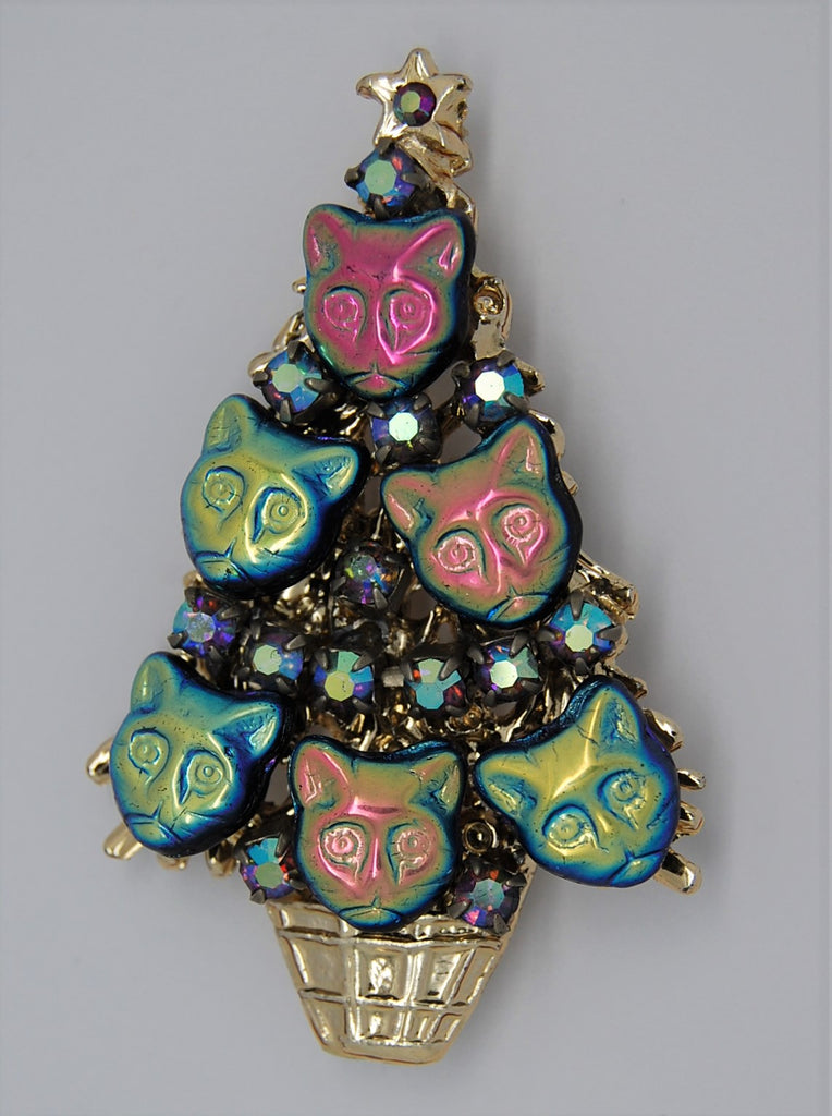 Dorothea Christmas Cats Tree Aurora Vintage Holiday Brooch