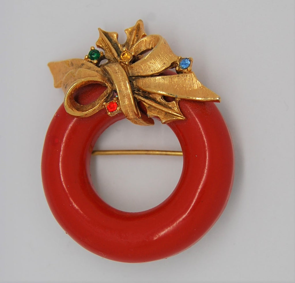 ART Holiday Christmas Red Enamel Holly Wreath Vintage Brooch