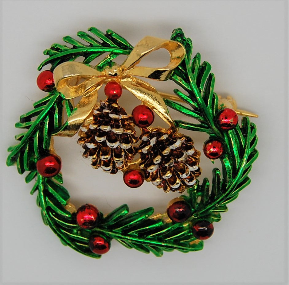 St Labre Christmas Pine Cone Wreath Figural Brooch