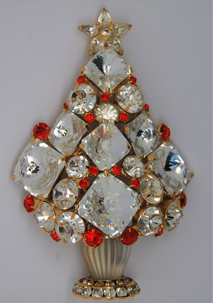 Bauer Christmas Tree Be There or Be Square Holiday Figural Brooch - RARE