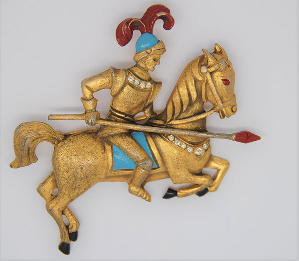 Art Deco Knight Shining Armor Jousting Horse Gold Tone Figural Brooch 1940s