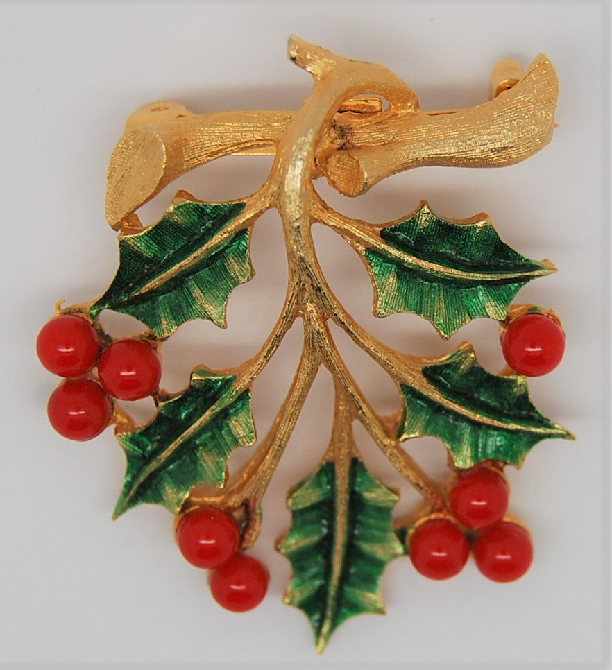 JJ Holly Berries Christmas Holiday Figural Brooch