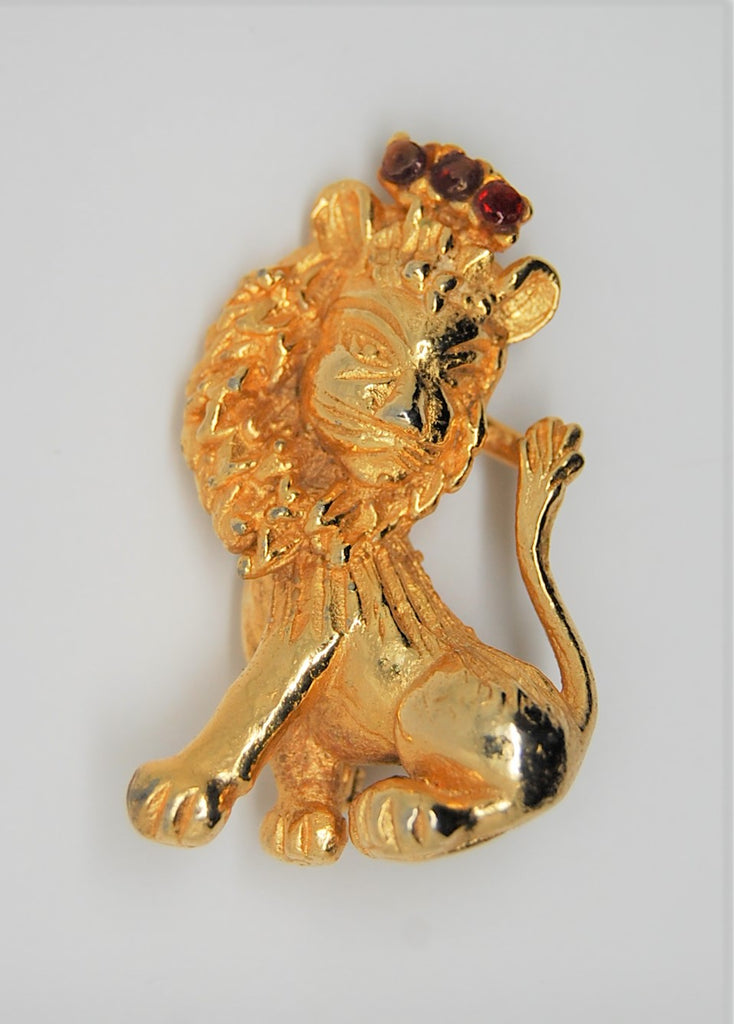 Vogue Lion King Royal Ruby Crown Vintage Figural Brooch