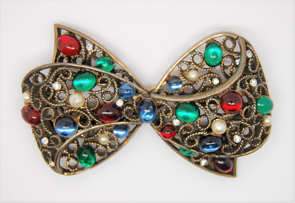 Capri Filagree Unique Double Bow Vintage Figural Pin Brooch