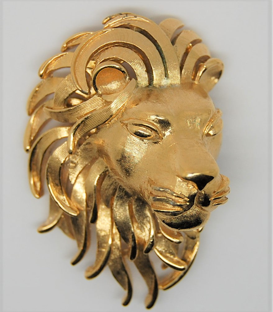 Trifari Large Gold Tone Lion Vintage Figural Pin Brooch