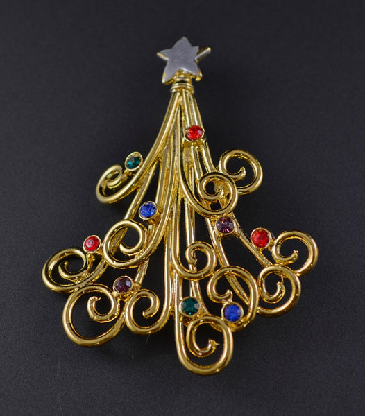 JJ Celtic Knot Christmas Tree Pin - Mink Road Vintage Jewelry