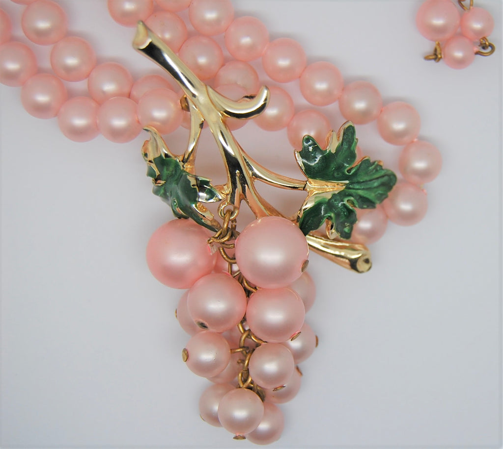 Coro Pale Pink Pearl Grapes Vintage Dangling Figural Necklace