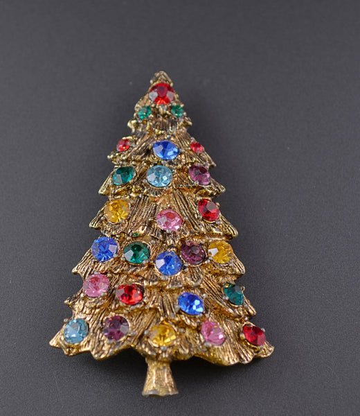 Rhinestone Gold Tone Christmas Tree Pin Brooch - Mink Road Vintage Jewelry