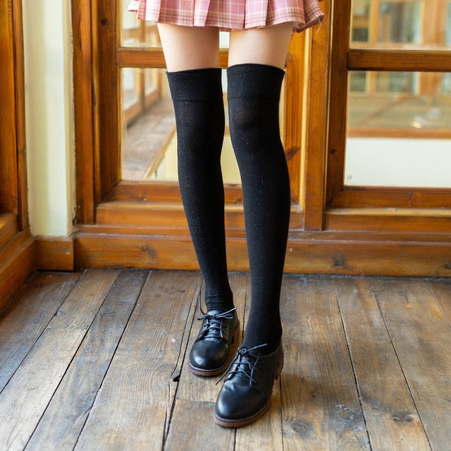 Silicone non-slip knee socks autumn and winter women's Japanese high socks pure black thigh socks non-slip stockings