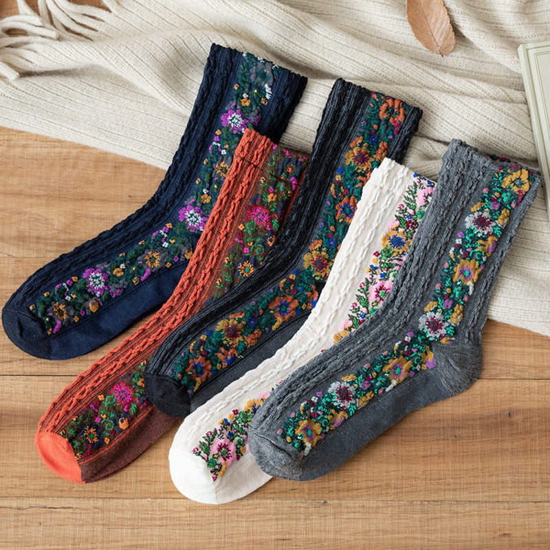 Women Socks Cotton Euramerican National Wind Flowers Autumn and Winter Ladies Socks Warm and Cute 2019 New Fashion hot