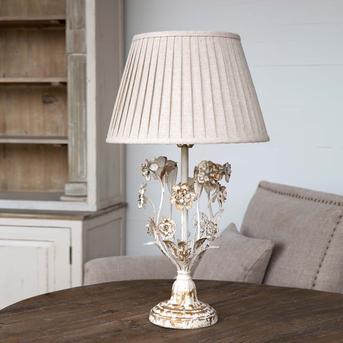 Farmhouse Flower Lamp