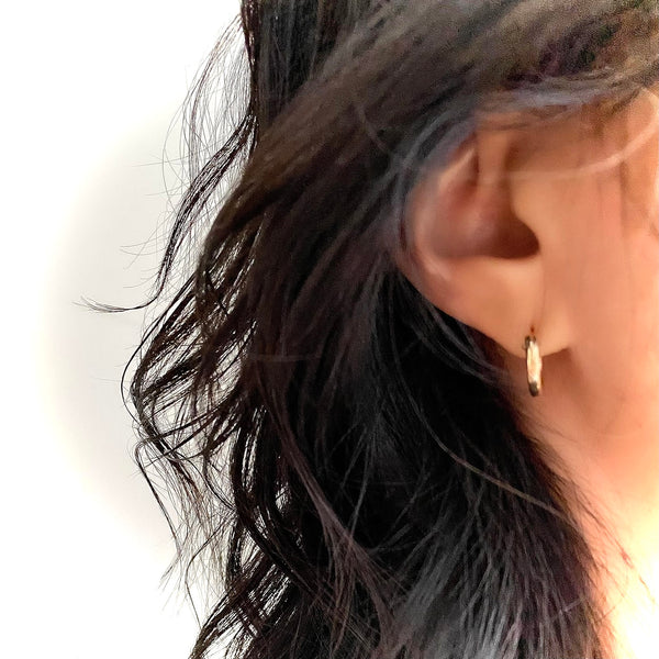 GOLD Elements: Petite MOD Gold Hoops