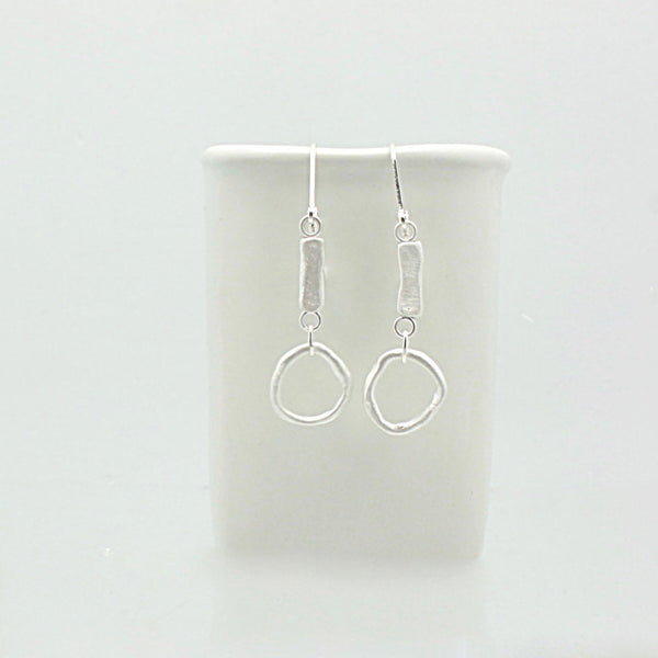 SCULPT Collection: Fine Silver Line & Silver Link Earrings