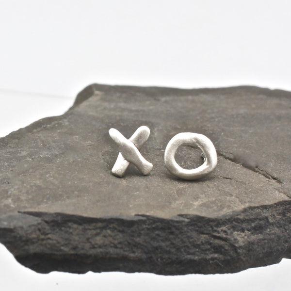 XO Freeform Silver Earrings