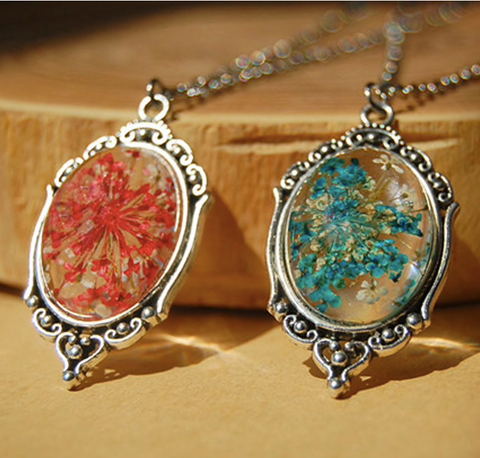 Dried Flower Charm Necklace