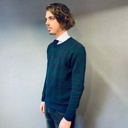 Sea Barrier Green Navy Crew Neck