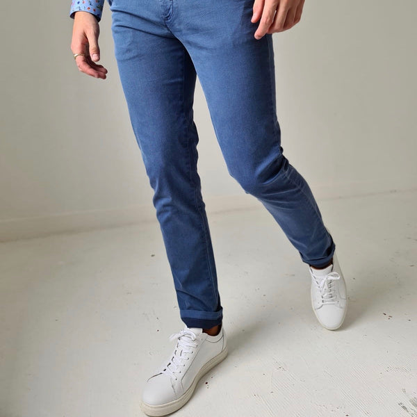 Sea Barrier Pajaro Blue Chino