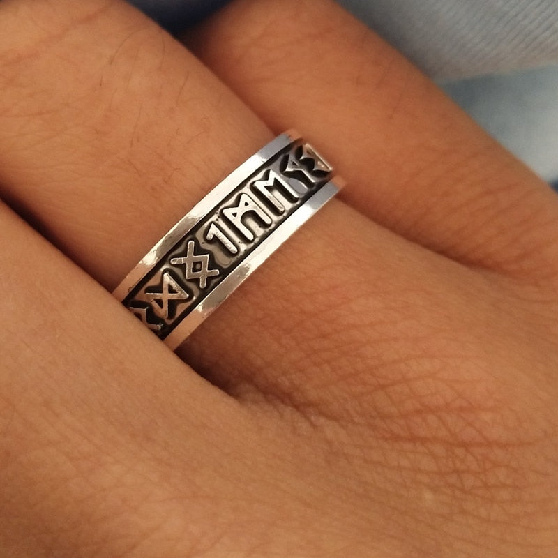 Viking Man's Rings Custom Rune Letter Signet Ring Wedding Nordic Vintage Men Jewelry Accessories women gift