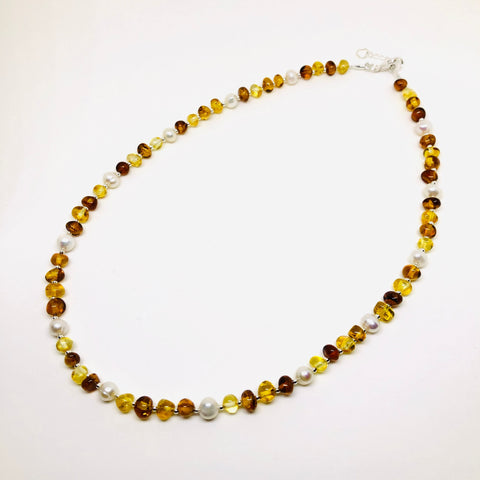 Amber and Pearls Necklace